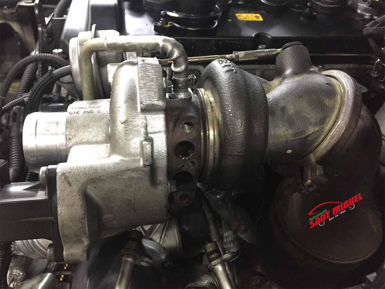 BMW Serie 1 1.6 G-N13B16A 100kw 2013 vista del turbo compresor