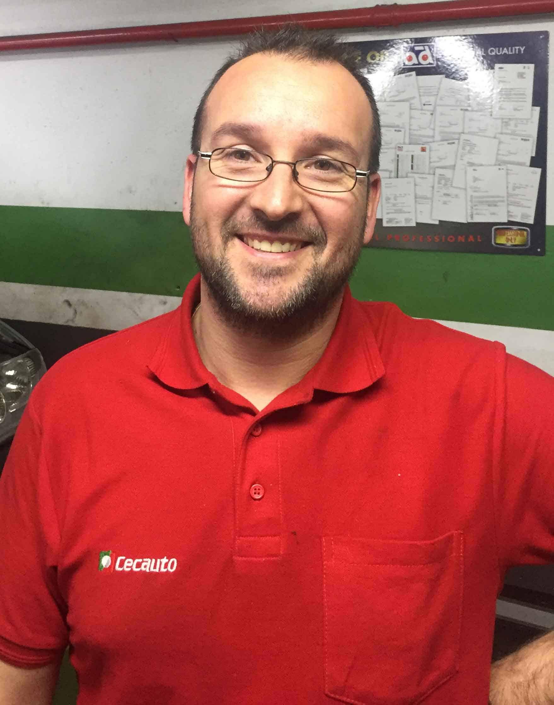 Jefe de taller Daniel Flores Gomez